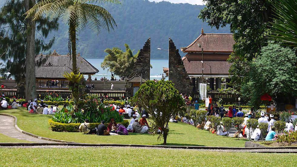 Pura Ulun Danu Bratan oder Pura Bratan Wassertempel am Bratan See in Bali