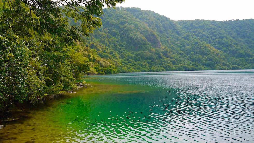 Satonda Island - Salzwassersee Indonesien