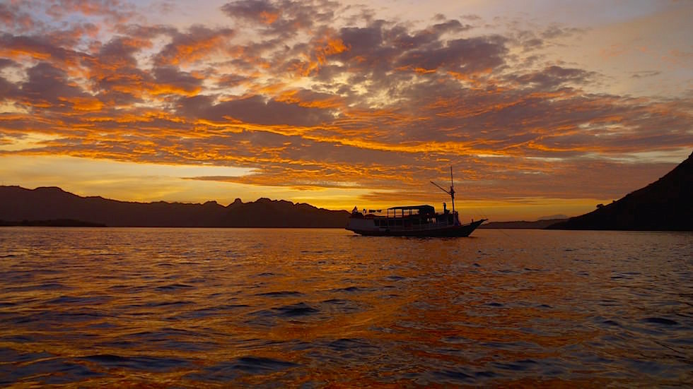 Sonnenaufgang Komodo Nationalpark Indonesien