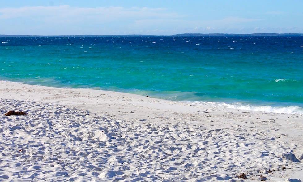 Hyams Beach - weißer Sand - Jervis Bay in New South Wales Australia