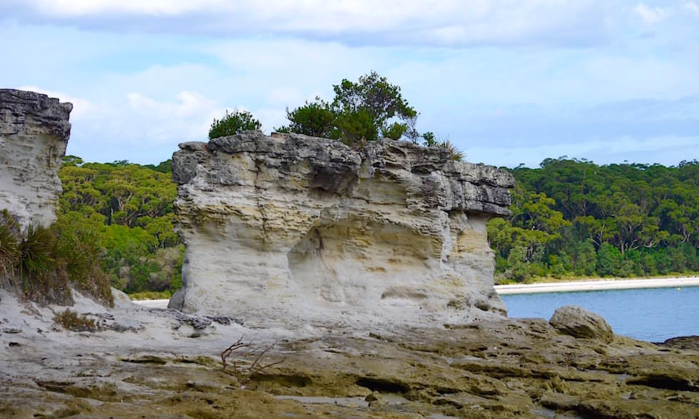 Booderee National Park und bizarre Felsformationen - weißer Sand - Jervis Bay in New South Wales Australia