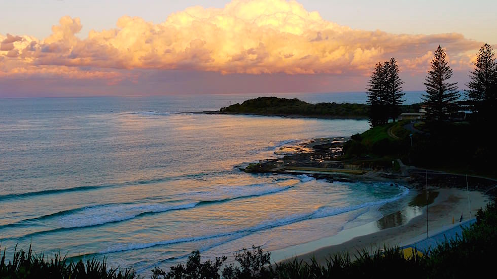 Sonnenuntergang mit Blick auf Main Beach und South Head in Yamba -Clarence River - New South Wales Australien