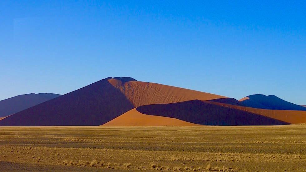 Sossusvlei - Sanddünen in der Namib Wüste - Die schönsten Namibia Sanddünen - Afrika