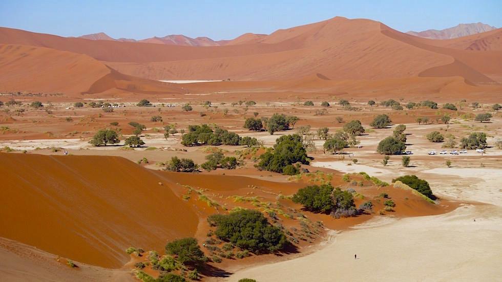Blick auf Big Daddy - Sanddünen in der Namib Wüste - Namibia, Afrika