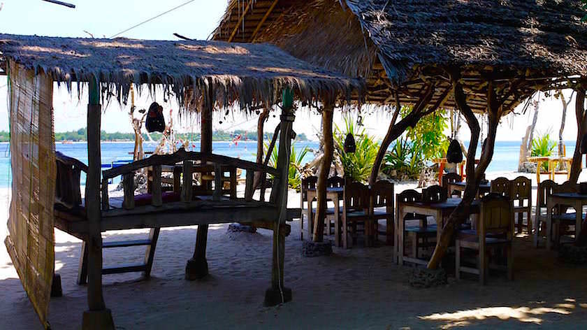 Cafe am Strand - Gili Meno Indonesien