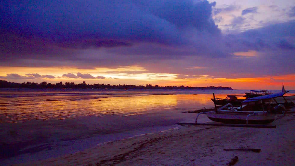 Awesome Sunset Gili Meno Indonesien