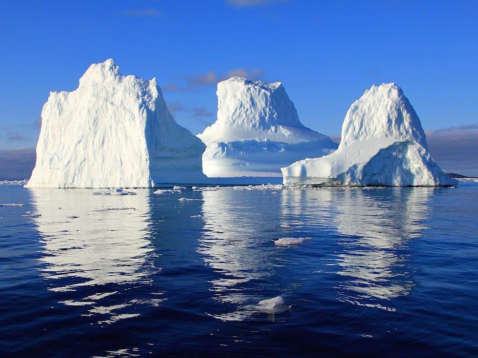 Eisberg schnee-weiss