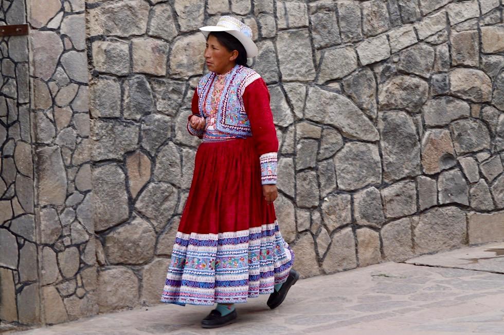 Chivay - Frau, Brauchtum & Tracht - Peru