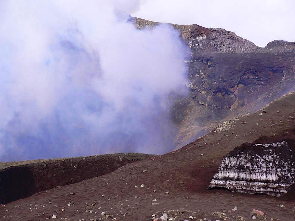 Krater -Vulkan Villarrica - Pucon - Chile