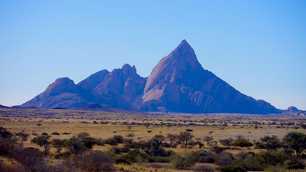 Blick auf das Spitzkoppe Gebirge - Namibias Matterhorn - Afrika