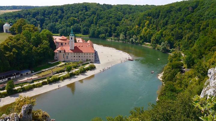 Kloster Weltenburg - Wanderung zum Donaudurchbruch - Weltenburger Enge bei Kehlheim Bayern