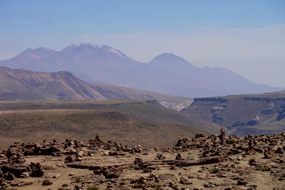 Patapampa Pass - Ausblick auf die Berg -Chivay - Peru