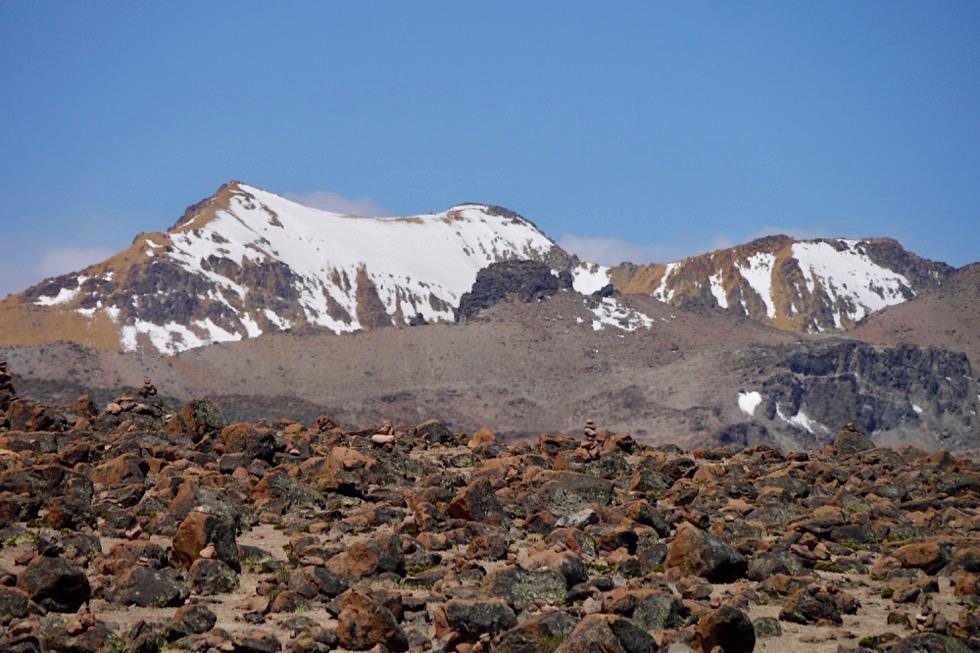 Patapampa Pass auf 4910m - Blick in die Bergwelt - Chivay