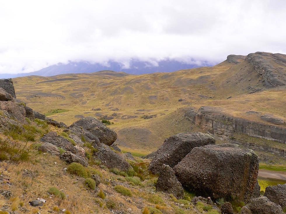 Hügel bei Laguna Cebolla - Torres del Paine Nationalpark - Patagonien, Süd-Chile