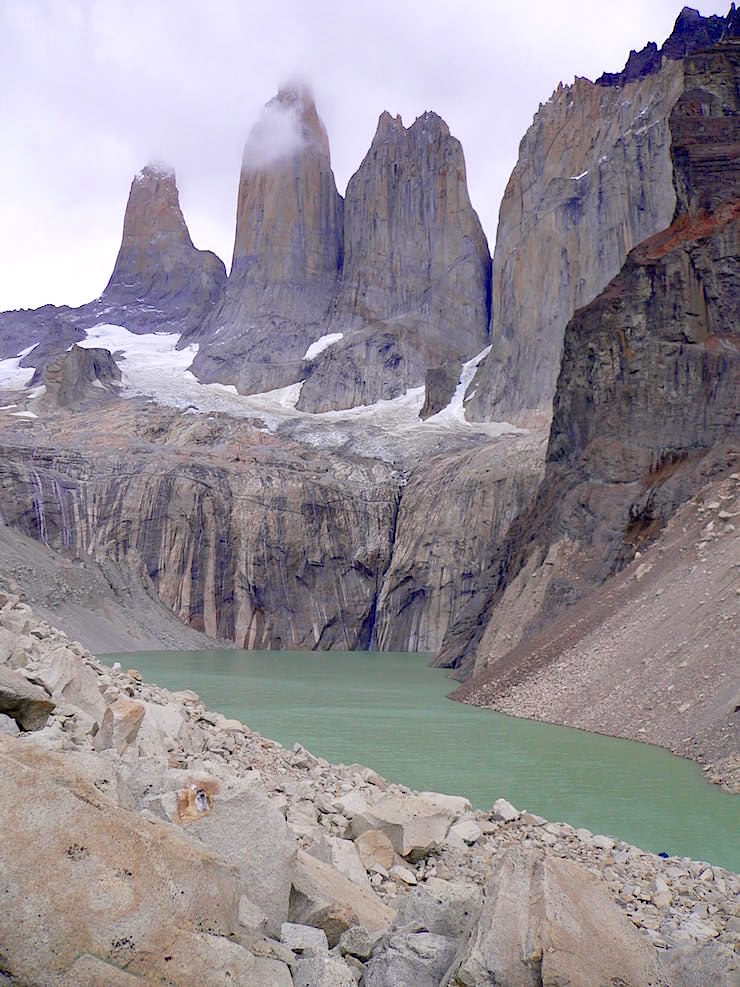 Torres del Paine vom Mirador las Torres - Torres del Paine Nationalpark - Patagonien, Süd-Chile
