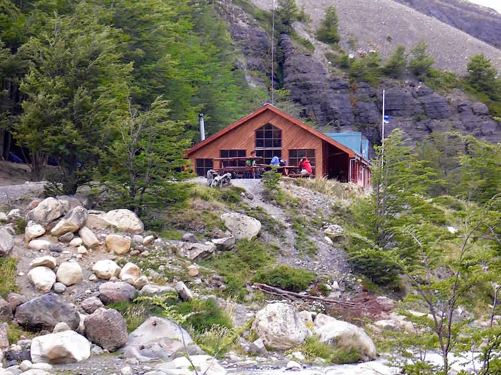 Chileno Hütte beim Torres del Paine - Torres del Paine Nationalpark - Patagonien, Süd-Chile