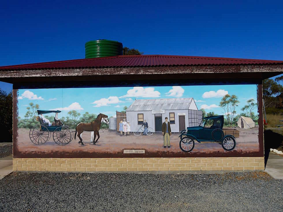 Toilettenfasade von Kalgoorlie nach Esperance - Western Australia