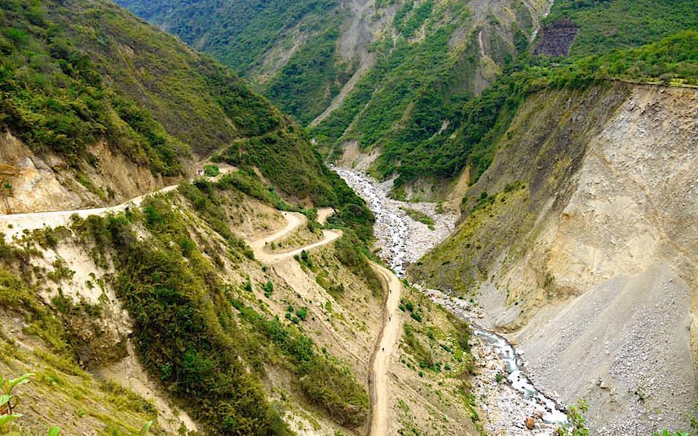 Durch das Nebelwald Gebiet Pass Salkantay Trek Peru