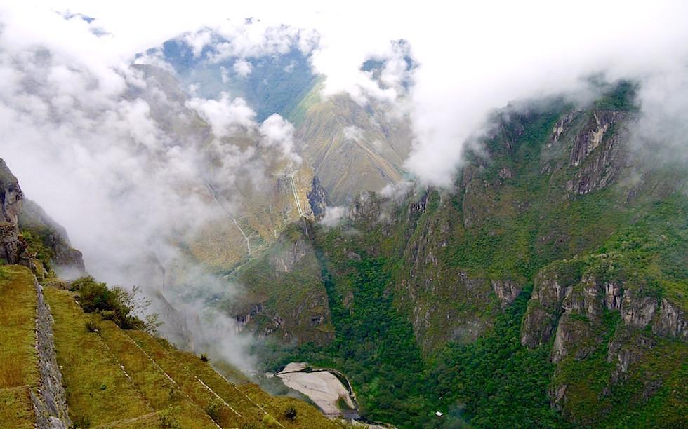 Blick ins Tal vom Machu Picchu - Peru