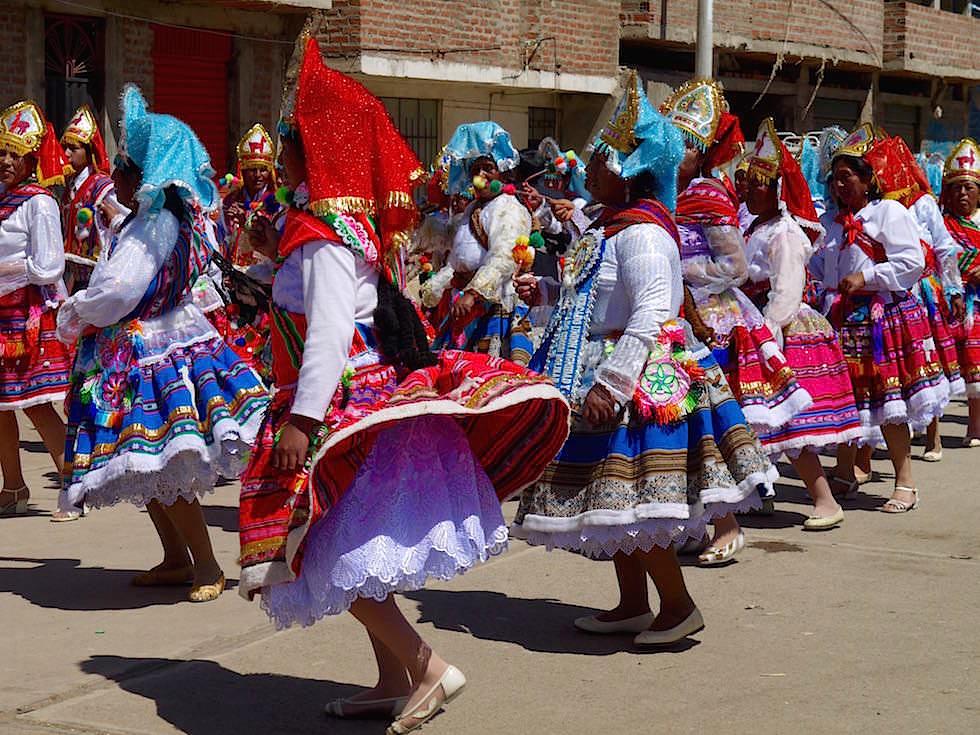 Semana del Puno Festival - Folklore Puno Titicaca See - Peru