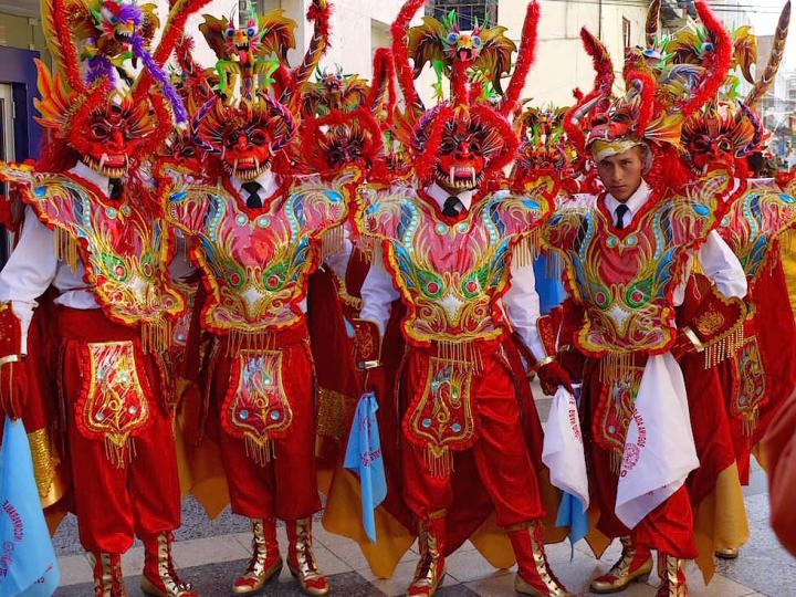Semana del Puno - Folklore Puno Titicaca See - Peru