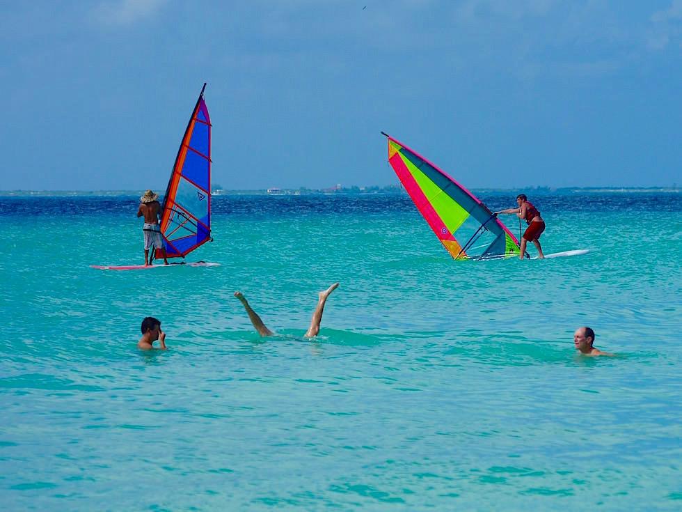 Playa Norte - Surfen & Wasserfreuden ohne viel Tourismus - Isla Mujeres - Yucatan Mexiko