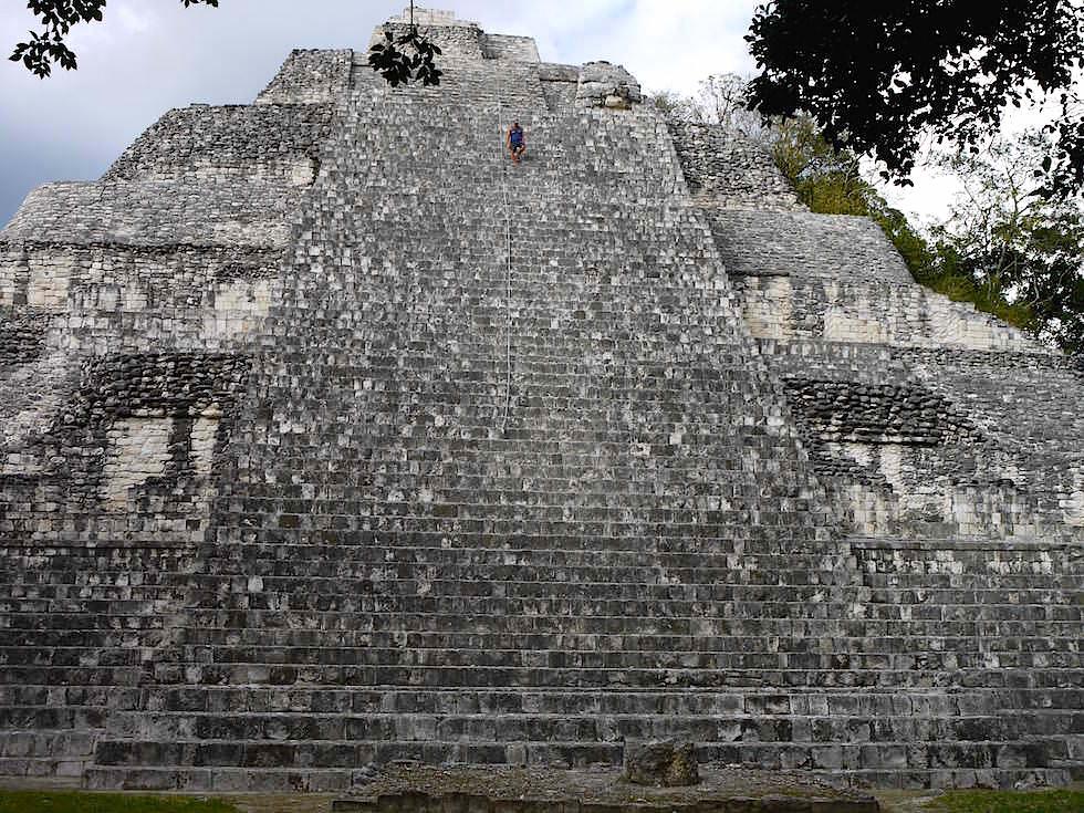 Gebäude IX - Maya Stätte von Becan, Campeche, Yucatán - Mexiko