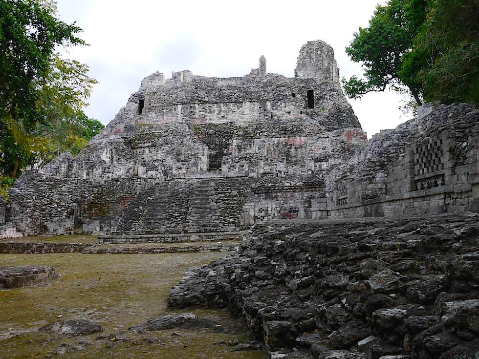 Gebäude IV - Maya Stätte von Becan, Campeche, Yucatán - Mexiko