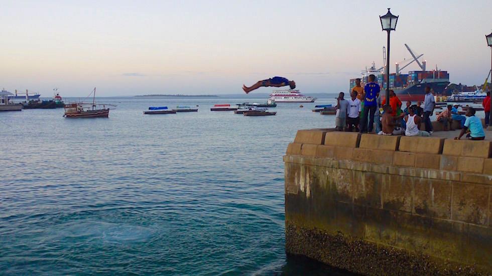 Spaß am Hafen Stone Town - Sansibar - Tansania, Afrika
