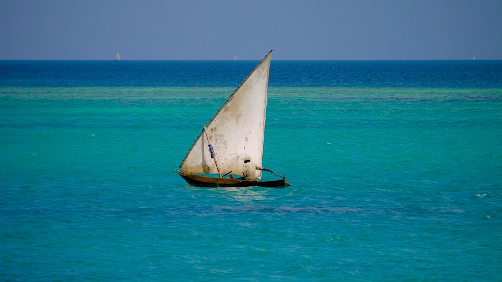 Typische Segel-Boote der Einheimischen - Sansibar - Tansania, Afrika