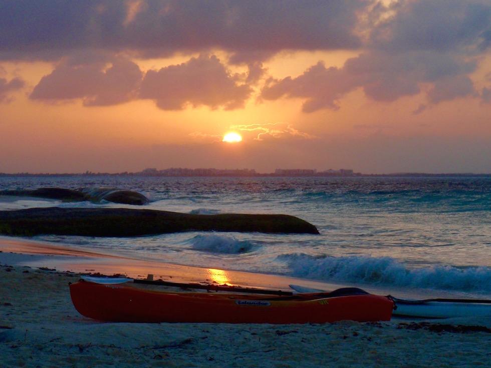 Isla Mujeres: Faszinierend schöner Sonnenuntergang Playa Norte - Yucatan - Mexiko