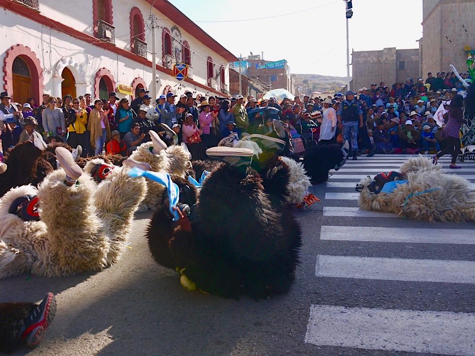 Faszinierend: Puno Folklorefestival - Kostüme, Masken & Tänze - Titicaca See - Peru