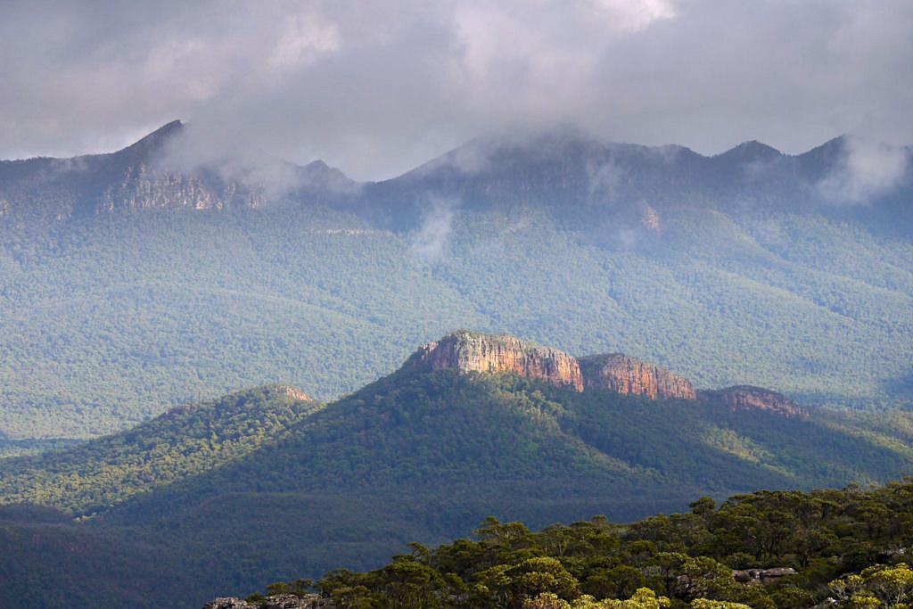 Atemberaubender Ausblick vom Mount William - einem der beliebtesten Grampians Nationalpark Highlights - Victoria - Australien