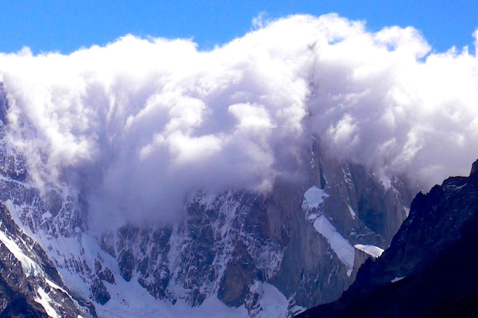 Wolken Mirador Torre - Cerro Torre - Patagonien Argentinien