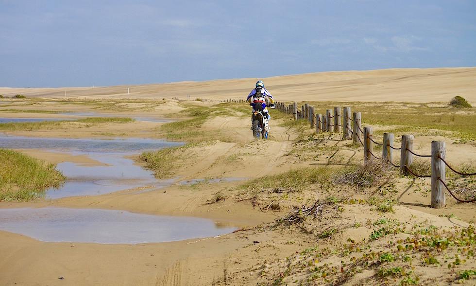 Enduro fahren in den Sanddünen bei Anna Bay - Port Stephens NSW Australien