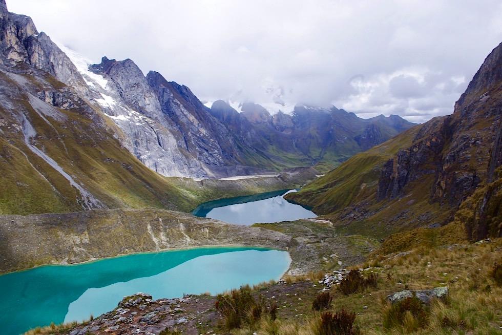 Nationalpark Huascaran mit seinen smaragdgrünen Lagunen: Lagunas Llanganuco - Bergwelt von Huaraz - Peru