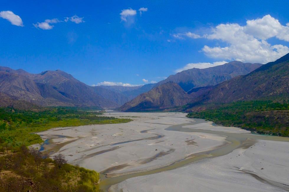 Flusstal zwischen Huancavelica - Andahualyas - Peru