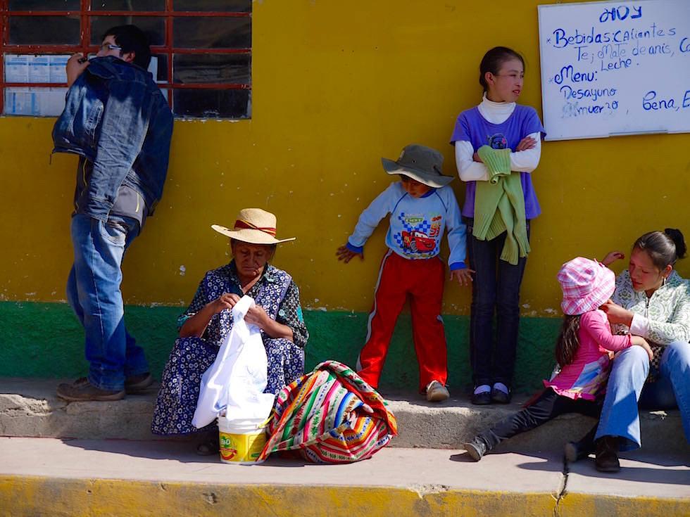 Quechua Frau mit Handarbeit - Curahuasi Peru