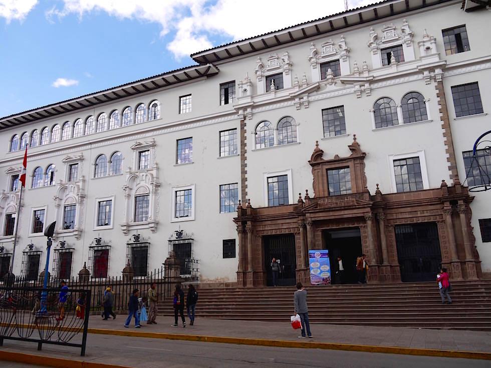 Bankgebäude - Avenue el Sol - Cusco Peru