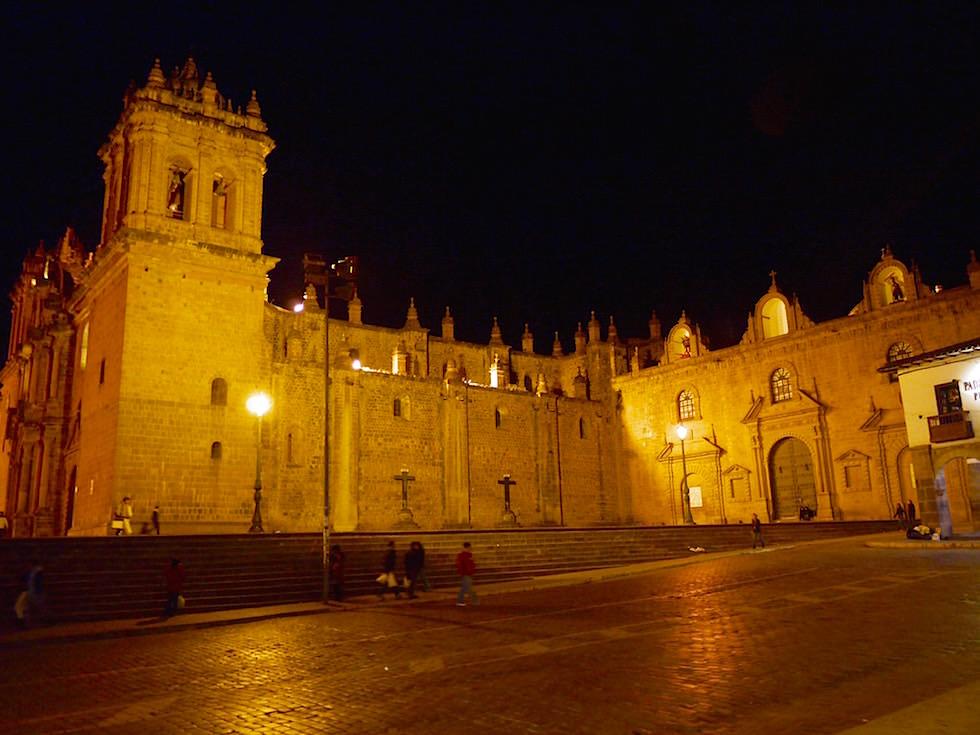 Kathedrale bei Nacht Plaza de Armas Cusco Peru