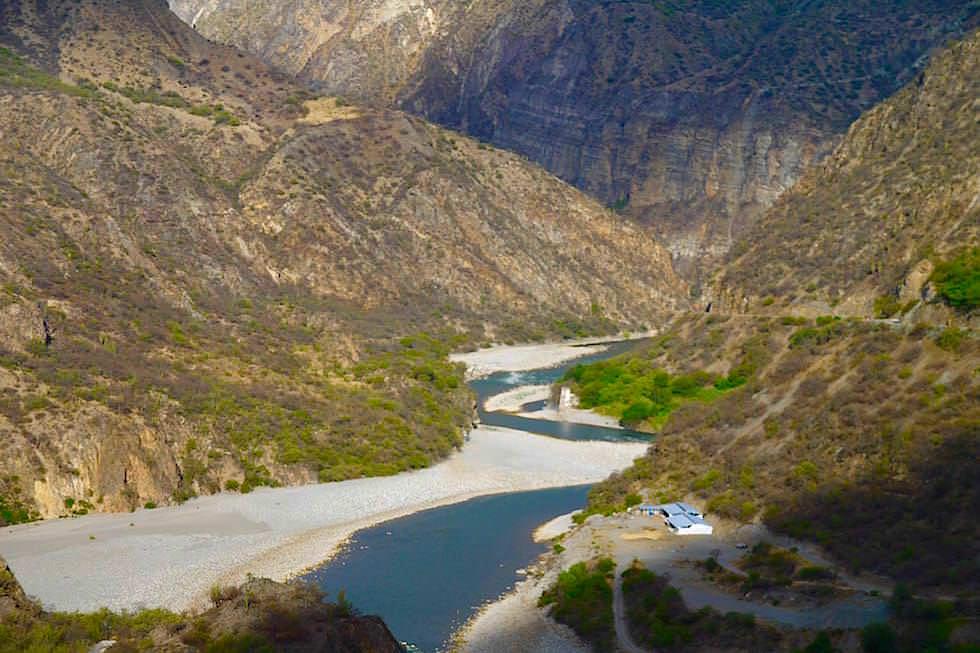 Flusstal bei Curahuasi - Cusco - Peru