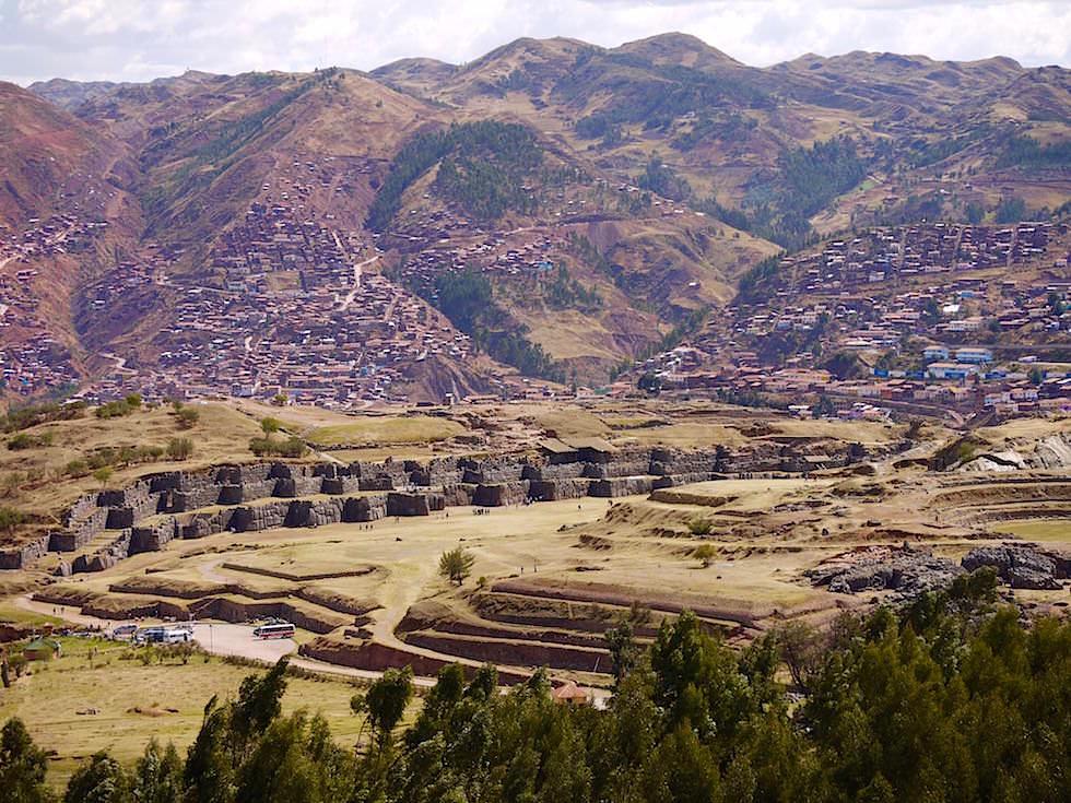 Blick auf Saqsaywaman Cusco Highlights - Peru