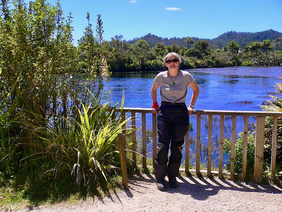 Pupu Springs oder Te Waikoropupu Springs - Aussichtsplattform - Golden Bay Geheimtipp - Südinsel Neuseeland