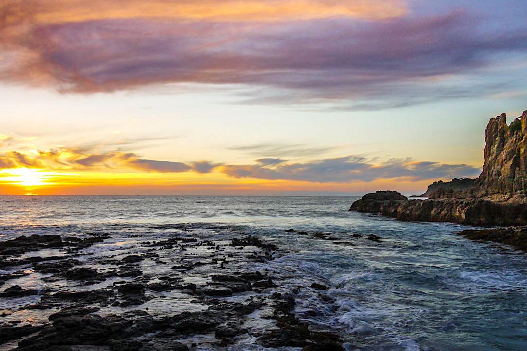 Spektakuläre und beliebte Sonnenaufgang bei den Cathedral Rocks gehören zu den großen Kiama Highlights - New South Wales