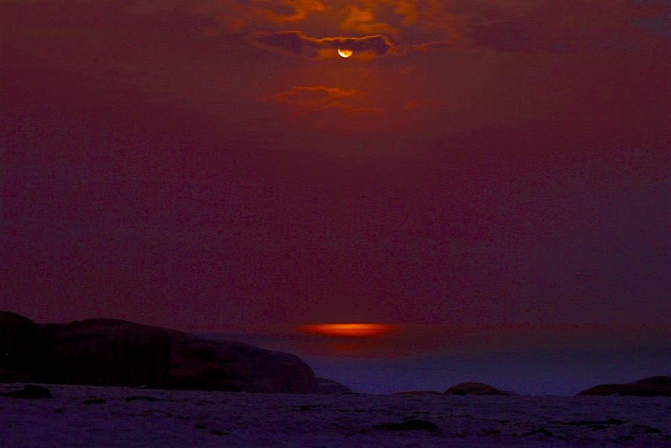 Vollmond - Bay of Fires - Tasmanien