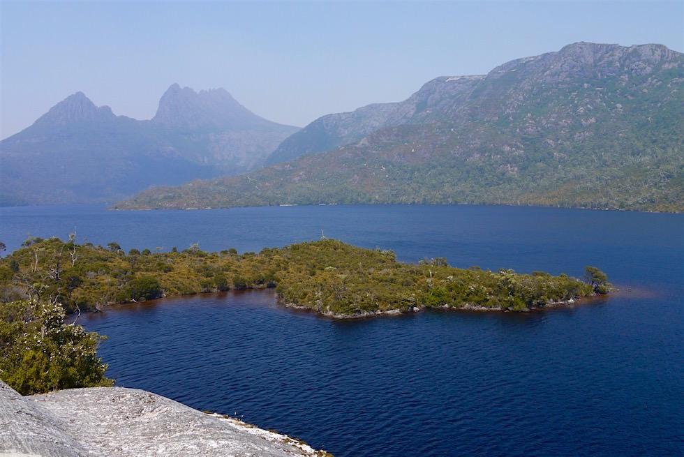 Blick Glacier Rock über den Dove Lake - Tasmanien