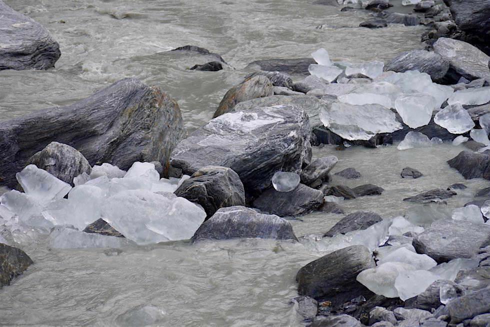 Gletschereis im Fox River - Fox Gletscher - Neuseeland Südinsel