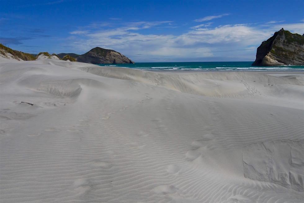 Sanddünen Landschaft - Wharariki Beach beim Cape Farewell - Neuseeland Südinsel