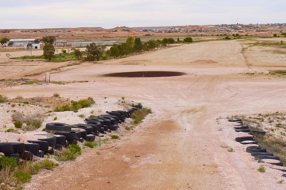 Coober Pedy - Staubiger Golfplatz in der Wüste - South Australia