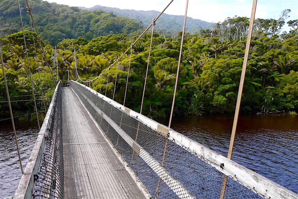 Kohaihai River Brigdge ist der Start des Heaphy Tracks - Neuseeland im Norden der Südinsel